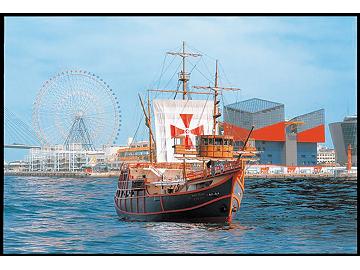 大阪港観光船「サンタマリア」